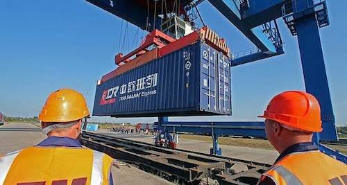 Trasportoeuropa.it. «South Silk Road, target of 500,000 TEU»